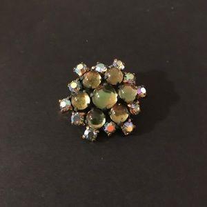 Jewelry - VTG German-made Green Brooch